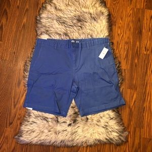 IZOD Relaxed Flat Front Chino Shorts w/ Stretch